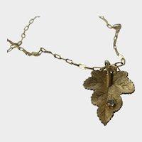 Vintage Castlecliff Gold Tone Leaf Pendant Necklace