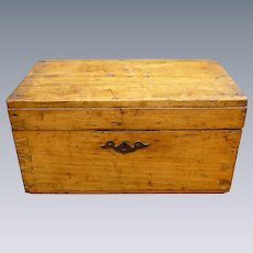 Gorgeous Antique American Wood Dovetailed Document Or Bible Box