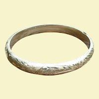 14K Etched Bangle Bracelet Hinged