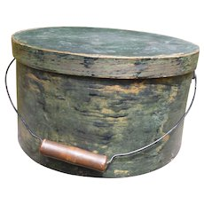 Large Primitive Pantry Box With Bail Handle In Old Paint