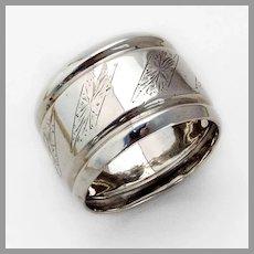 Dutch Bright Cut Engraved Napkin Ring 835 Standard Silver 1917 Mono