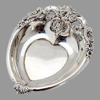 Grande Baroque Heart Bowl Dish Wallace Sterling Silver 1941