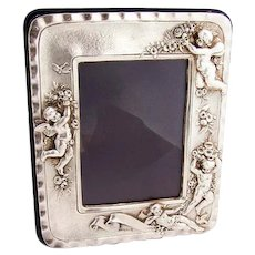 English High Relief Cherub Picture Frame 9584 Sterling Silver 1986