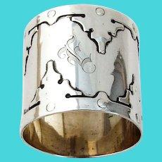 14th Century Large Napkin Ring Shreve Sterling Silver 1910 Mono E