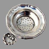 Italian Tea Strainer Shell Tab Handle 800 Silver 1940s