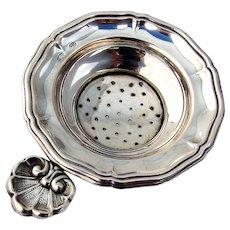 Italian Tea Strainer Shell Tab Handle 800 Silver 1940s