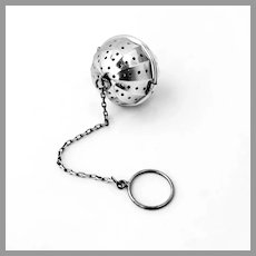 Panelled Tea Ball Hickok Matthews Sterling Silver 1930