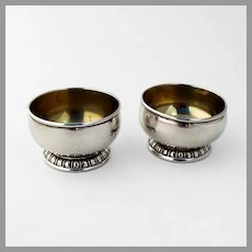 Lunt Open Salt Dishes Pair Gadroon Base Gilt Interior Sterling Silver