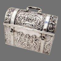 Hanau Treasure Chest Box 800 Silver Gilt Interior