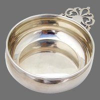 Baby Porringer Keyhole Handle Lunt Sterling Silver No Mono