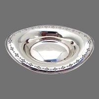 Tiffany Oval Medium Serving Bowl Sterling Silver No Mono