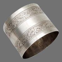 Engine Turned Wreath Design Napkin Ring French Sterling Silver