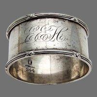 Napkin Ring Meriden Britannia Sterling Silver Mono EEH