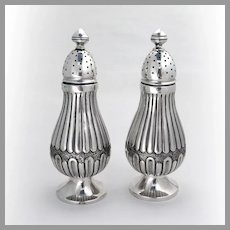 Large Footed Shakers Pair 800 Standard Silver 1920