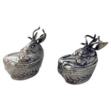 Gazelle Form Small Boxes Pair 900 Silver