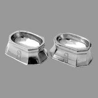 Federal Trencher Open Salts Pair Joseph Reeves Coin Silver Dog Crest