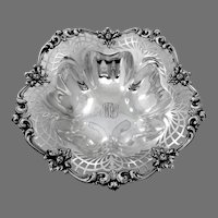 Ornate Openwork Serving Bowl Reed Barton Sterling Silver Mono ALW