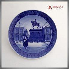 Royal Copenhagen Amalienborg Palace Christmas Plate 1954 Porcelain