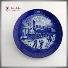 Royal Copenhagen Christmas Guests Arrive Plate 1993 Porcelain