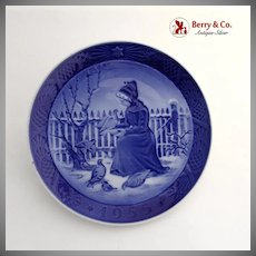 Royal Copenhagen Fano Girl Christmas Plate 1955 Porcelain