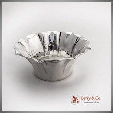 Pinched Border Small Serving Bowl 800 Standard Silver