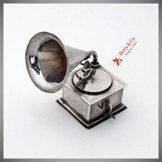 Dutch Phonograph Model 833 Standard Silver 1920