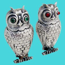 Vintage Figural Owl Salt Pepper Shakers Red Green Eyes 830 Silver Alpaca 1930