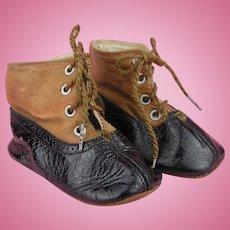 Antique bicoloured Dolls Shoes