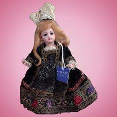 "Au Nain Bleu Mignonette.  Like a miniature Jumeau ""Great Lady"""