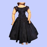 (On Hold) Navy Taffeta Dress for Madame Alexander Cissy--Lovely Condition!