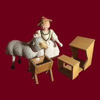 Schoenhut  Mary and Lamb