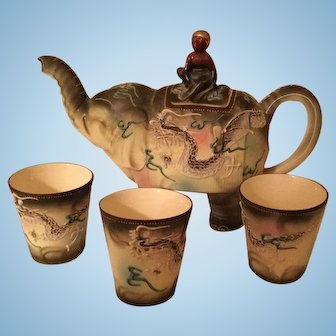 Dragon Design Japanese Elephant Teapot and Cups