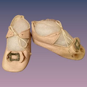 Light Pink Leather Doll Shoes with Heel