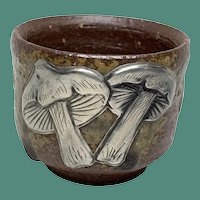 Japanese Bizen Yaki ceramic with Silver mushrooms traditional tea cup