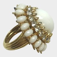 Vintage Mod Jomaz White Cocktail Ring