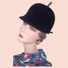 6020301a036 Vintage 1960s Beresford Black Wool Hat Helmet Style