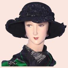 Whittall & Shon Black Wool Felt Hat 1990s