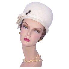 Vintage 1960s Bubble Toque Hat Winter White Wool Felt Woodward & Lothrop