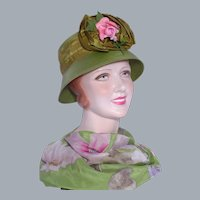 Vintage 1960s Damozel Green Straw Hat With Pink Roses