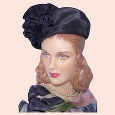 Vintage 1940s Gage Brothers Navy Blue Hat Woven Straw Beret Style