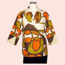 Vintage 1960s Iolani Ladies Tiki Print Shirt Made in Hawaii Surfer Style