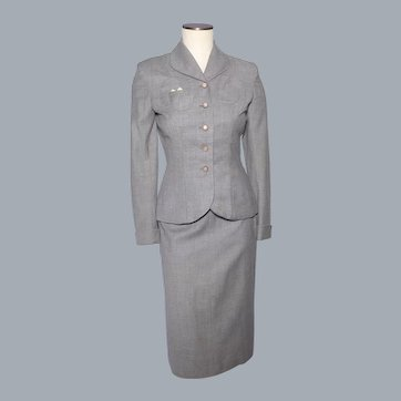 Vintage 1940s Ladies Suit Jacket and Skirt Gray Wool Moonglow Buttons