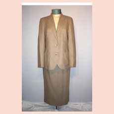 Vintage Late 1970s  Early 1980s  Burberrys 2pc  Lambswool Tweed Suit