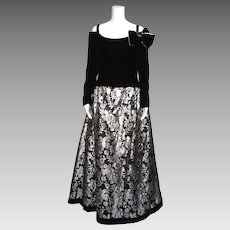Vintage 1980s Victor Costa Black Velvet and Silver Brocade Formal Evening Gown Diana Style