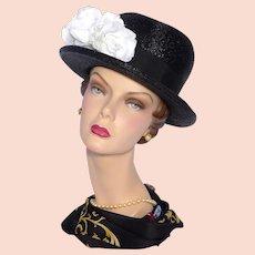 Vintage 1970s Black Straw Bowler Style Hat White Roses