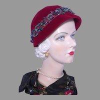 Vintage 1950s Meadowbrook Burgundy Velour Cloche Hat