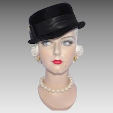 Vintage 1950s Black Velvet Cocktail Hat