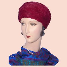 Vintage 1960s Dowa Burgundy Feather Toque Style Hat