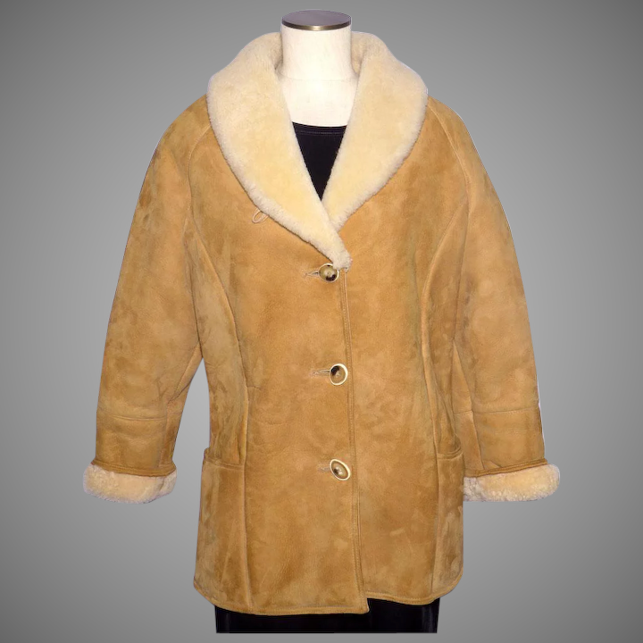 ac3c922a8f0660 Vintage 1970s Shearling Suede Coat Jacket Knight Tailors New Zealand Ladies  Size 14