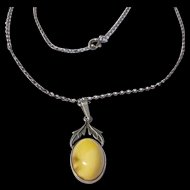 Egg-yolk Amber Arts and Crafts Necklace